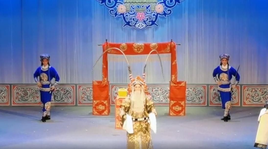 经典剧目轮番上演 唐山戏迷大饱耳福